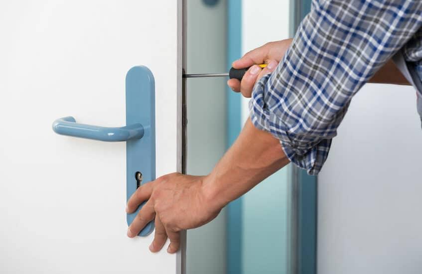 choisir une serrure pour sécuriser les portes d'entrée
